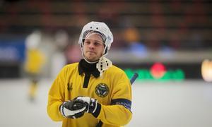 Magnus Fryklund och Broberg fick inleda säsongen med en förlust på hemmaplan.