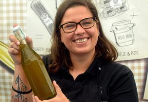 Veronica Tommasini säljer bland annat olivolja.