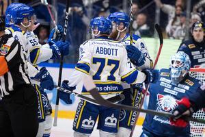 Abbott var även inne på Leksands 1–0-mål, som Mattias Ritola tilldömdes efter videogranskning.