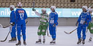 Kasper Sandgren (i mitten) gör sin första säsong i VSK-tröjan.