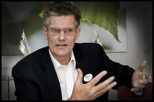 – Jag hoppas att mina duktiga medarbetare är medvetna om det ekonomiska läget, säger Tiohundras VD Peter Graf.