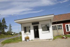 Elin Westlunds butik ligger i den gamla macken utanför hennes hus.
