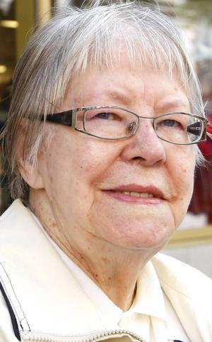 Klara Salander,   87 år, Östersund:   – Nej det har jag nog inte. Det är skönt när det är ljusa kvällar. Fast det har varit lite väl varmt. Men sommaren är bäst, och våren.