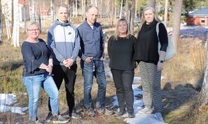 Älskar sitt jobb och vill fortsätta vara lärare med med rätt förutsättningar, Från vänster, Mimmi Lilja Ädling, Björn Höglund, Magnus Strömberg, Viktoria Alfjorden och Theresia Jones Kjellin, lärare i Mora.