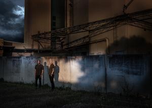 Under namnet Mars & Kwon skapar Alison De Mars och Daniel Johansson filmisk fotokonst tillsammans. Foto. Mars & Kwon