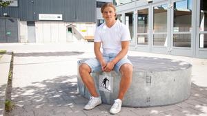 Sandgren berättar för Bandypuls om pressen han kände att prestera under förra säsongen.