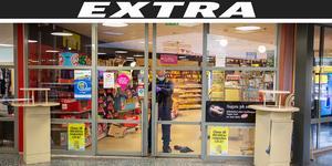 Polisens kriminaltekniker säkrade spår inne i Time-butiken.