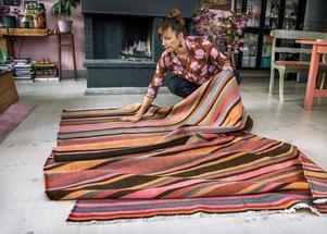 Många fina mattor säljs i andra hand. Dessutom är det bättre för miljön att återanvända, tipsar Isabelle McAllister.Foto: Claudio Bresciani/TT