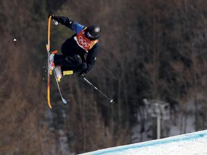 OS-meriterade Oliwer Magnusson vann Swedish Slopestyle Tour-tävlingen i Kläppen före landslagskompisen Oscar Wester. Foto: Gregory Bull/AP