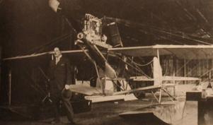 Axel Holmström, uppfinnare, flygpionjär – och konstnär.