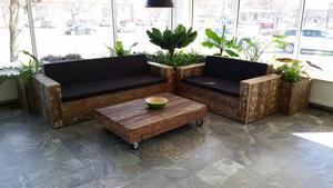 Några av möblerna som Urban tillverkat till företaget Leeroy.
