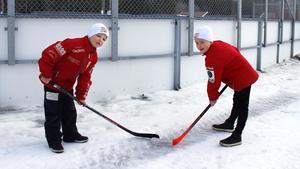 U9-spelarna Viktor Pettersson och Viking Gillgren är redo för helgens Winter Classic.