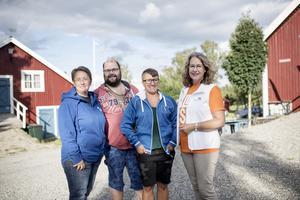 Annica Jonsson (M), Magnus Melin (L), Hanna Sydhage (KD), Anna-Britta Åkerlind (C).