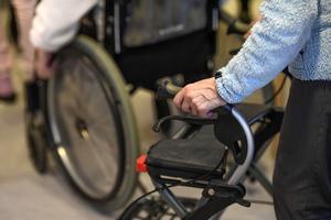 I Region Örebro läns  förslag ska förskrivna personliga hjälpmedel ska abonneras av den funktionsnedsatte. FOTO: Pontus Lundahl/TT