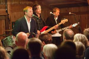 Weeping Willows uppträdde för tre år sedan på KnappKarlssons krog på Barnens ö.