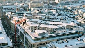 Ett 60-tal radhus på taket ingick i Klara Zenit-projektet i Stockholm. Bild: Arkitektfirman Equator.