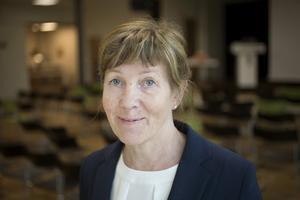 Kati Knudsen, forskare och lektor på Högskolan i Gävle, har både varit elev på Perslundaskolan och jobbat som skolsköterska. Nu undervisar hon i anestesi på Högskolan i Gävle.
