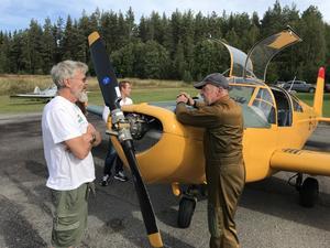 Piloten Ivan Myhr hade inte många tillfällen att lämna flygplanet.