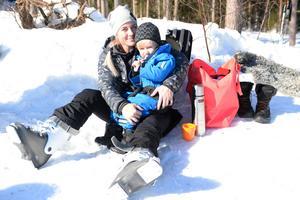 Petra och Frank Åslund vilade sig efter några åk.
