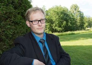 Fredrik Nestorsson Pettersson, kantor i Indalens pastorat, sätter samman en svängig musikgudstjänst för att ge domens dag en annorlunda belysning.