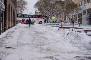 Lagom till första snöfallet har någon eller några flyttat undan stans fordonshinder.