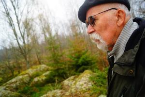 Rolf Viking berättar om de två historiekunnig bygdeborna David Karlsson och David Kihl.
