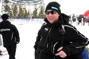 Ingen dag är den andra lik för Stefan Jonasson som jobbat nio år i Björnrikes slalombackar.