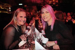 Anna Friman och Emma Lindberg är lärlingar hos Gävle Citysamverkan: