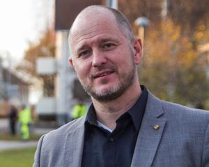 – Vi behöver inte uppmuntra till att fler hälsocentraler startas i Gävleborgs län, säger regionrådet Magnus Svensson, C.