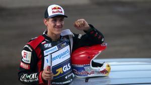 Maciej Janowski blev den historiska första GP-vinnaren i Hallstavik. (Arkivbild)