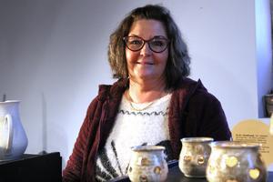 Ann-Mari Färdig från Hedemora har sålt varor på tomtemarknaden sedan starten för 14 år sedan.