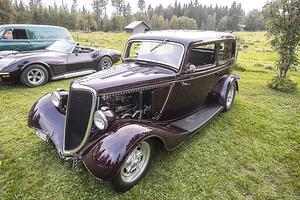 En Ford 40 Tudor från1934