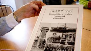 Herrängsgruppen har haft första boken skrivits om Herräng som stöd när de tagit fram utställningen. Den gavs ut 1991.