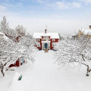 Parkvägen 4 i Smedjebacken. Foto: Lasse Bergman
