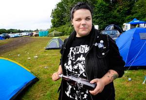 - Jag har min egen stil, den är dock svår att beskriva. Jag lyssnar på punk och psychobilly, säger Ida Olesen från Eskilstuna.