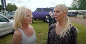 Systrarna Graaf trivs som fisken i vattnet på motorfestival i Älvdalen.