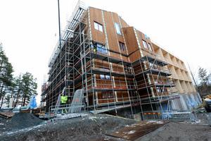 När fastigheten är klar kommer de som idag har sina hem i boende på Lustigknopp att flytta in de i nybyggda slottet.