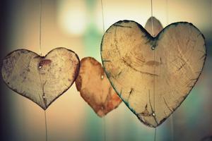 En viktig sak som stärker ett förhållande är att visa tacksamhet, menar Markus Fernlund.