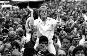 Trots regn och rusk nästan hela helgen slog Storsjöyran rekord med över 50 000 besökare över de tre dagarna. 19000 betalade för att komma in på konsertområdet på lördagskvällen.