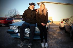 Isaac Palm Hermansson och Magdalena Boman går andra året på fordonsprogrammet och delar samma motorintresse.