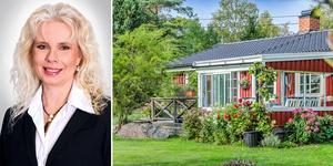 Mäklaren Maria Lindgren beskriver klickmonstret i Herräng som en sommardröm. Foto: Fisheye Foto
