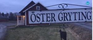 Öster Grytinge gård i Riala tillhör dem som fått ta emot bakslag efter bakslag sista åren. I somras kom torkan som gjorde att man fått minska antalet kor och nu stormen som tog omogen skog som skulle ha stått kvar till nästa generation på gården.