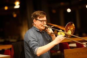 Det är första gången Jonathan Wettermark uppträder som solist i ett större verk i Södertälje.