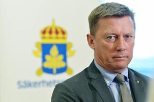 Säpochef Klas Friberg presenterar SÄPOs årsbok på kontoret i Solna. Hotbilden mot Sverige är