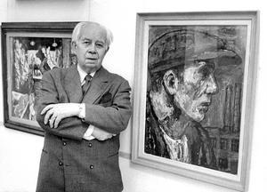Författaren Ivar Lo-Johansson vid ett porträtt målat av Albin Amelin på Moderna MuseetFoto: Owe Sjöblom / SvD / TT