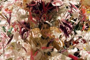 Den här bilden är från så långt tillbaka som Cityfesten 1999 men är ändå relevant. Under årets stadsfest ska nämligen sambakarnevalen göra comeback.