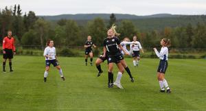 Hede/Vemdalen var både etta och tvåa på bollen för det mesta under onsdagskvällens match mot Järpen.