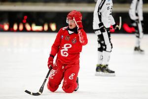 Erik Pettersson är landslagets enda Rysslandsproffs. Han är inne på sin första säsong i Jenisej och ligger topp fem i poängligan i superligan.