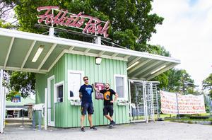 I somras flyttade Karlslundsfestivalen från det ikoniska läget vid Karlslundsbadet ut till Folkets park på Långnäs.