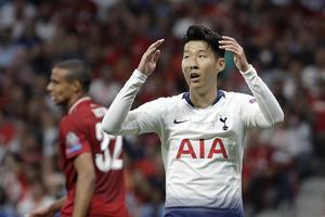 David Linds favoritspelare Son Heung-min i Tottenham deppar. Högst troligt inte över Davids avslag, utan snarare på grund av förlusten i Champions League-finalen häromveckan. Foto: TT
